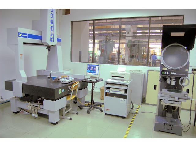 三次元測定機,投影機,品質管理